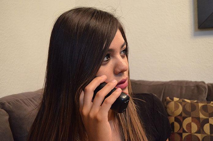 W jaki sposób można przygotować profesjonalną zapowiedź telefoniczną